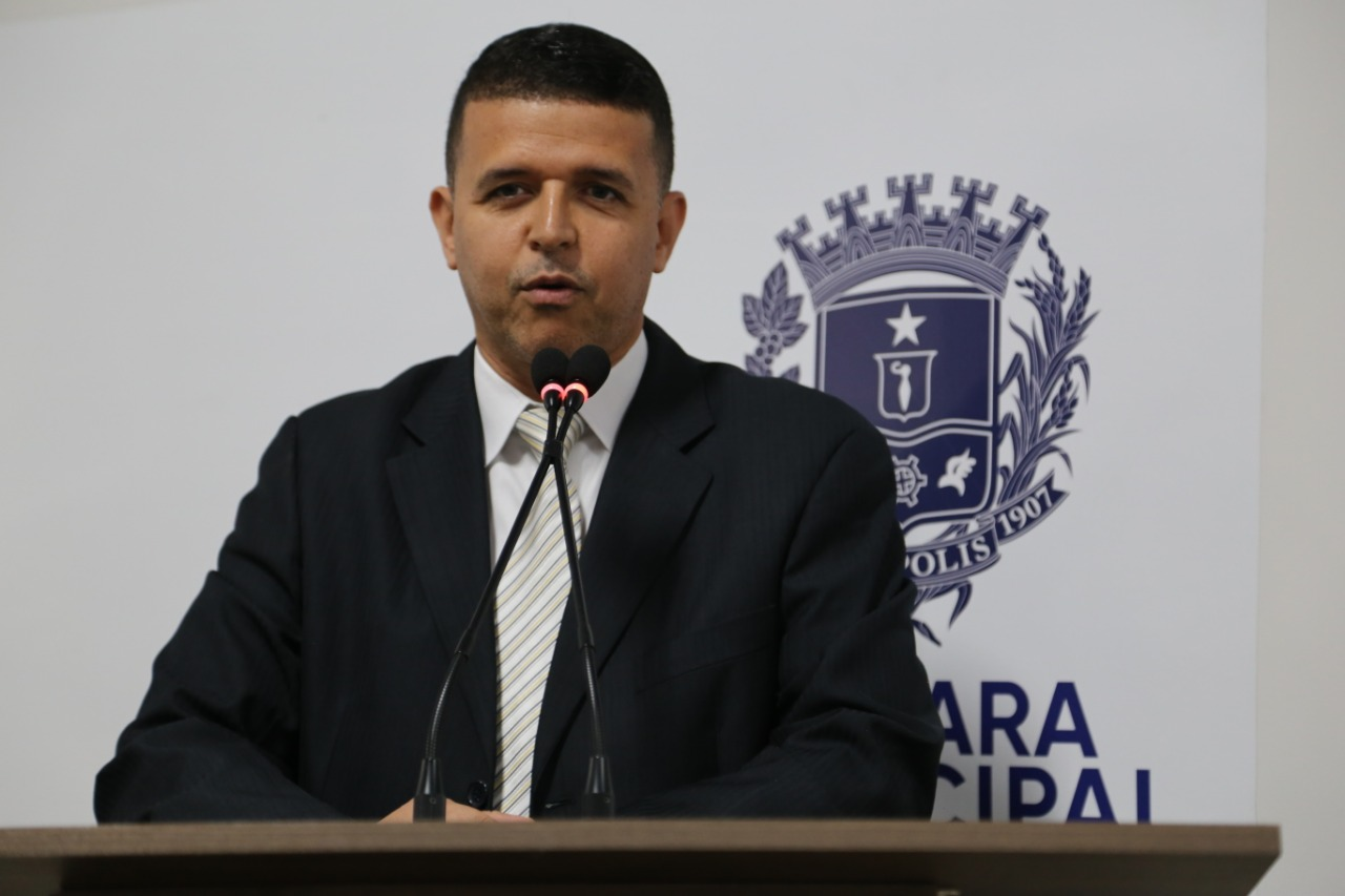 Wederson Lopes diz que prefeitura atua para melhorar saúde pública da cidade